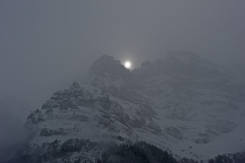 Sun between Summits