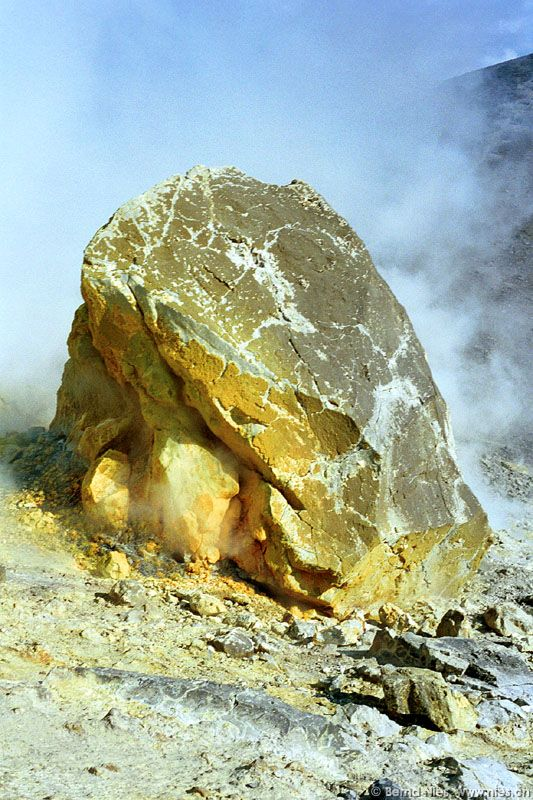 Image 16/61: Rock with Sulfur