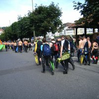 Divers Marching